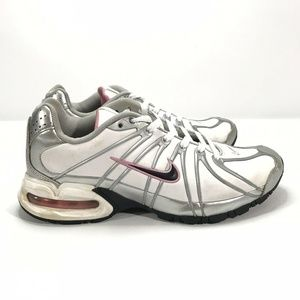 Nike Air Max Torch Leather Running Shoes